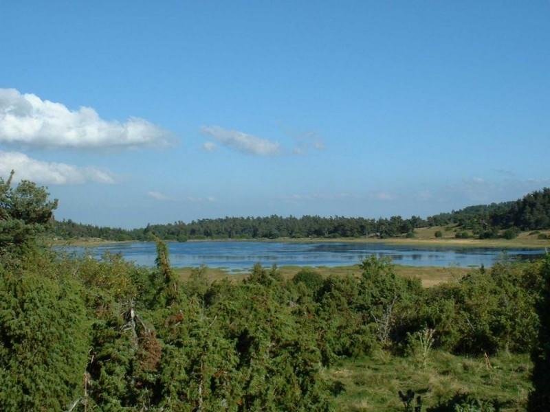 Sur l'itinéraire, le lac du Pêcher Crédit : CG BBT