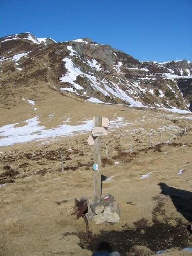 Le Puy Chavaroche (1 739 m) février 2008,  Crédits : BBT