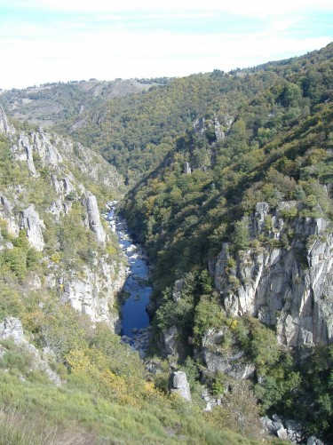 Les Gorges du Bès,  Crédits : BBT