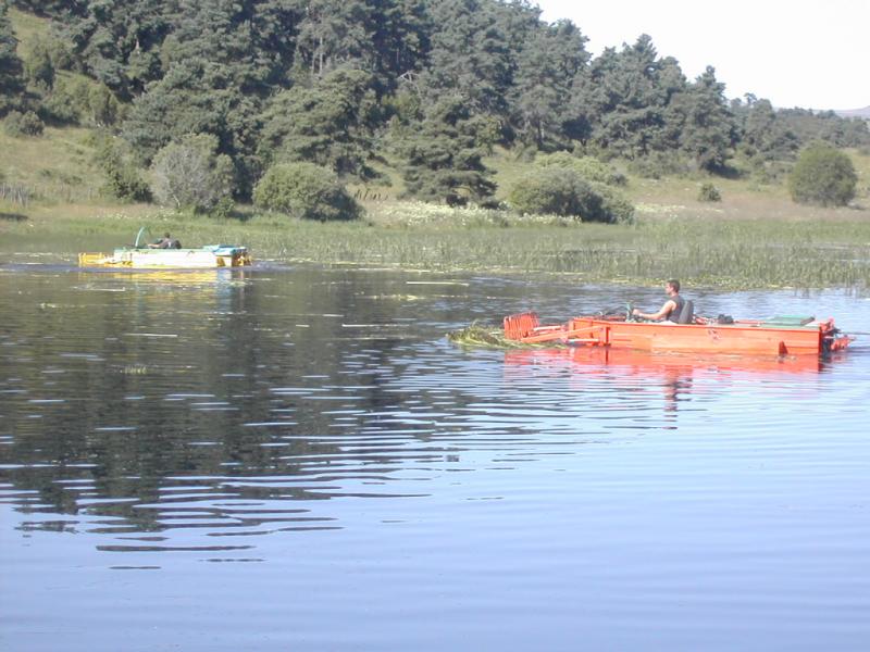 Faucardage lac du Pêcher Crédit : CC Pays de Murat