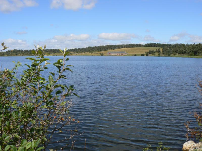 Lac du Pêcher Crédit : CC Pays de Murat