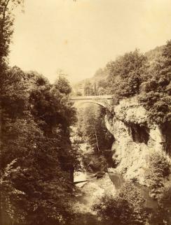 Le pont de la Borie-Basse à Saint-Cirgues de Jordanne (années 1880)