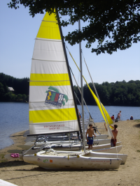 Le lac de Lastioulles, premier site de pratique inscrit au PDESI