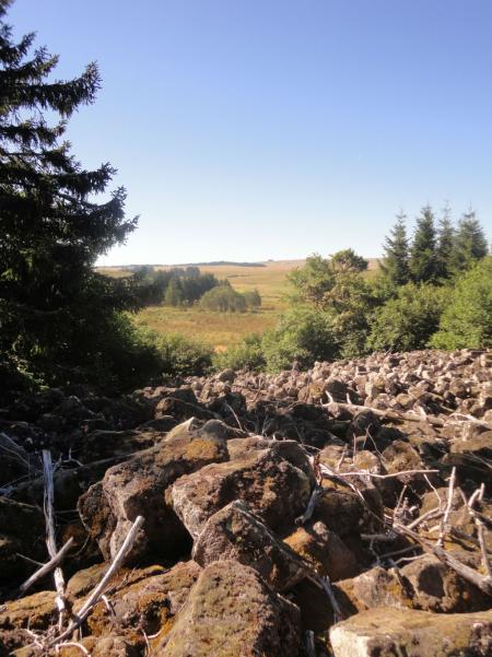 La roche de Landeyrat, Crédit : cbeaudrey